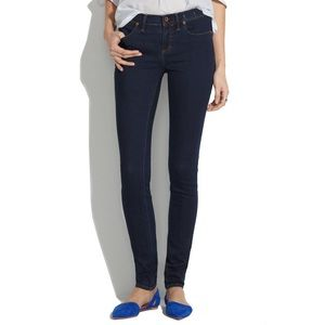 Madewell Mid Rise Skinny Jeans in Rinse Dark Wash